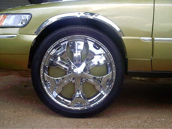 Another bigbootyon26s 1999 Mercury Grand Marquis post... - 7318982