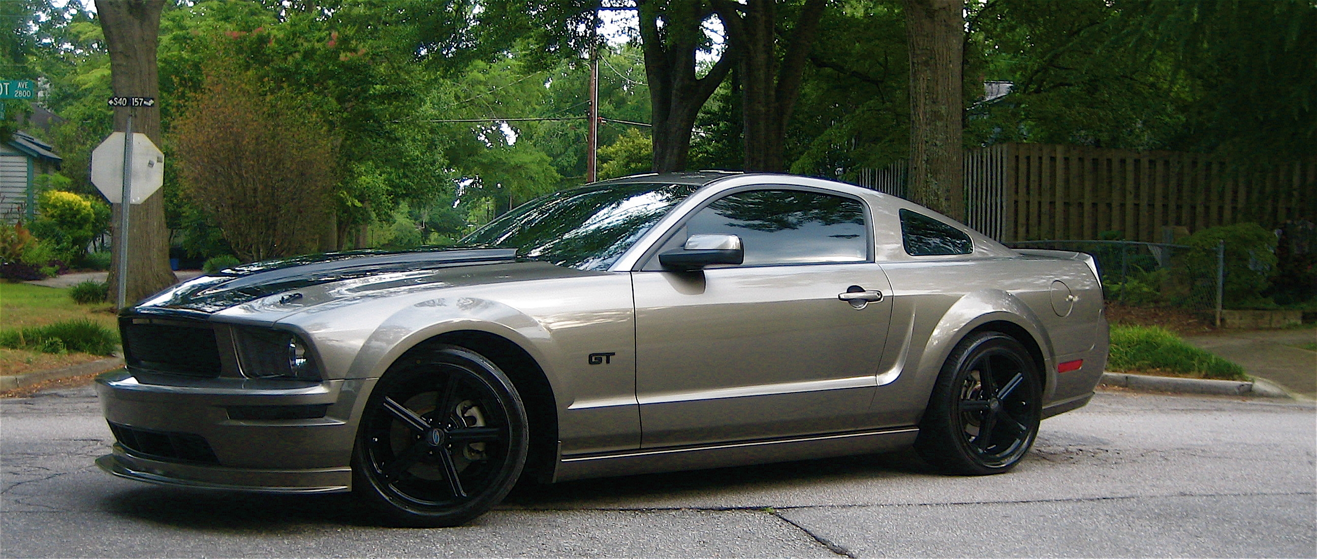 pike2244 2005 ford mustang specs photos modification info at cardomain. Black Bedroom Furniture Sets. Home Design Ideas