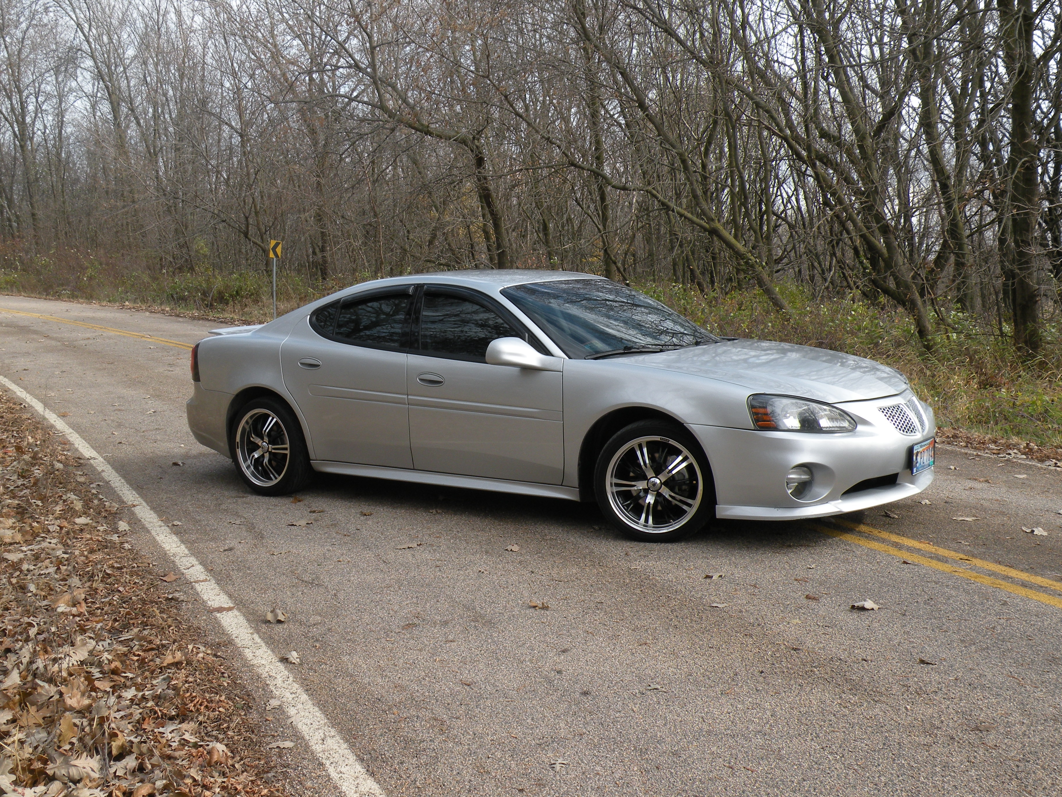 Ryanalan 2004 Pontiac Grand Prix Specs  Photos  Modification Info At Cardomain