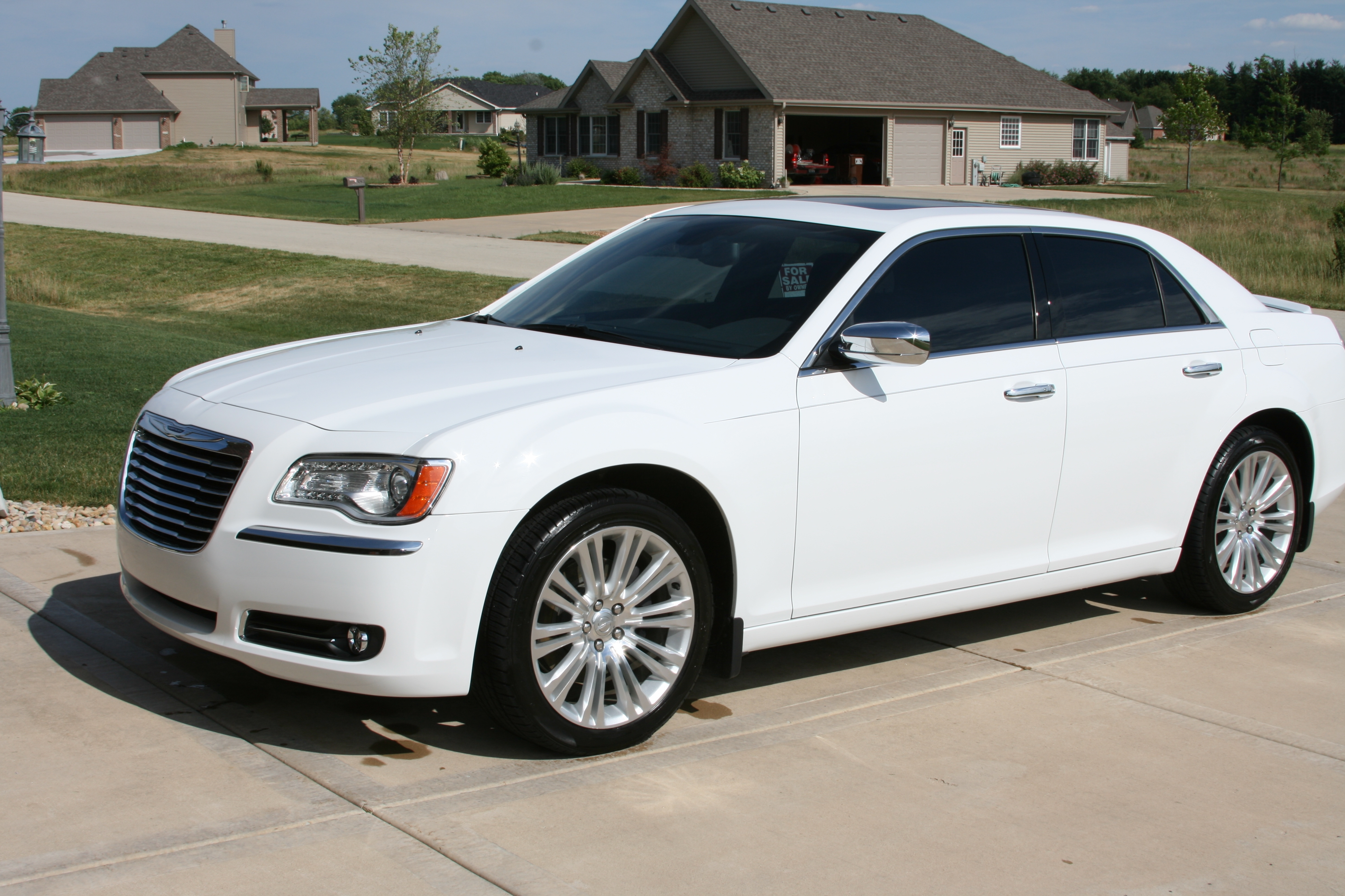 Another cmking26 2011 Chrysler 300 post... - 15808629