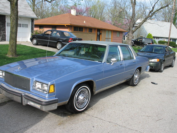 Large on 1984 Buick Lesabre