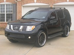 inkd-ups 2005 Nissan Pathfinder