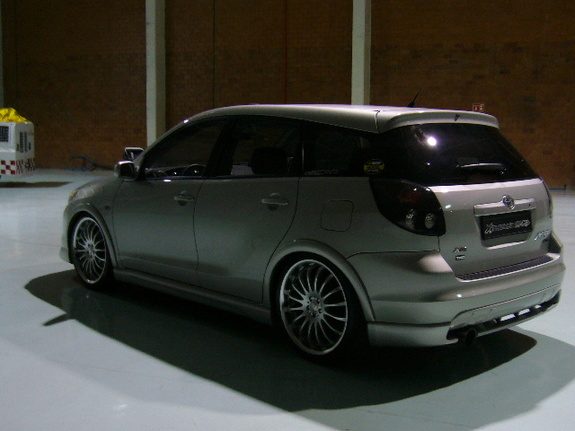 elsaldeuvaspicot 2004 toyota matrix specs photos modification info at cardomain. Black Bedroom Furniture Sets. Home Design Ideas