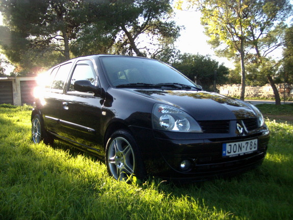 lilluclio 2004 renault clio specs photos modification info at cardomain. Black Bedroom Furniture Sets. Home Design Ideas