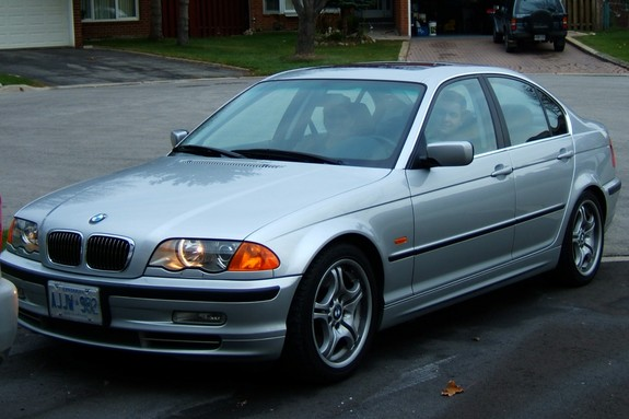 senna_fan1981's 2001 BMW 3 Series