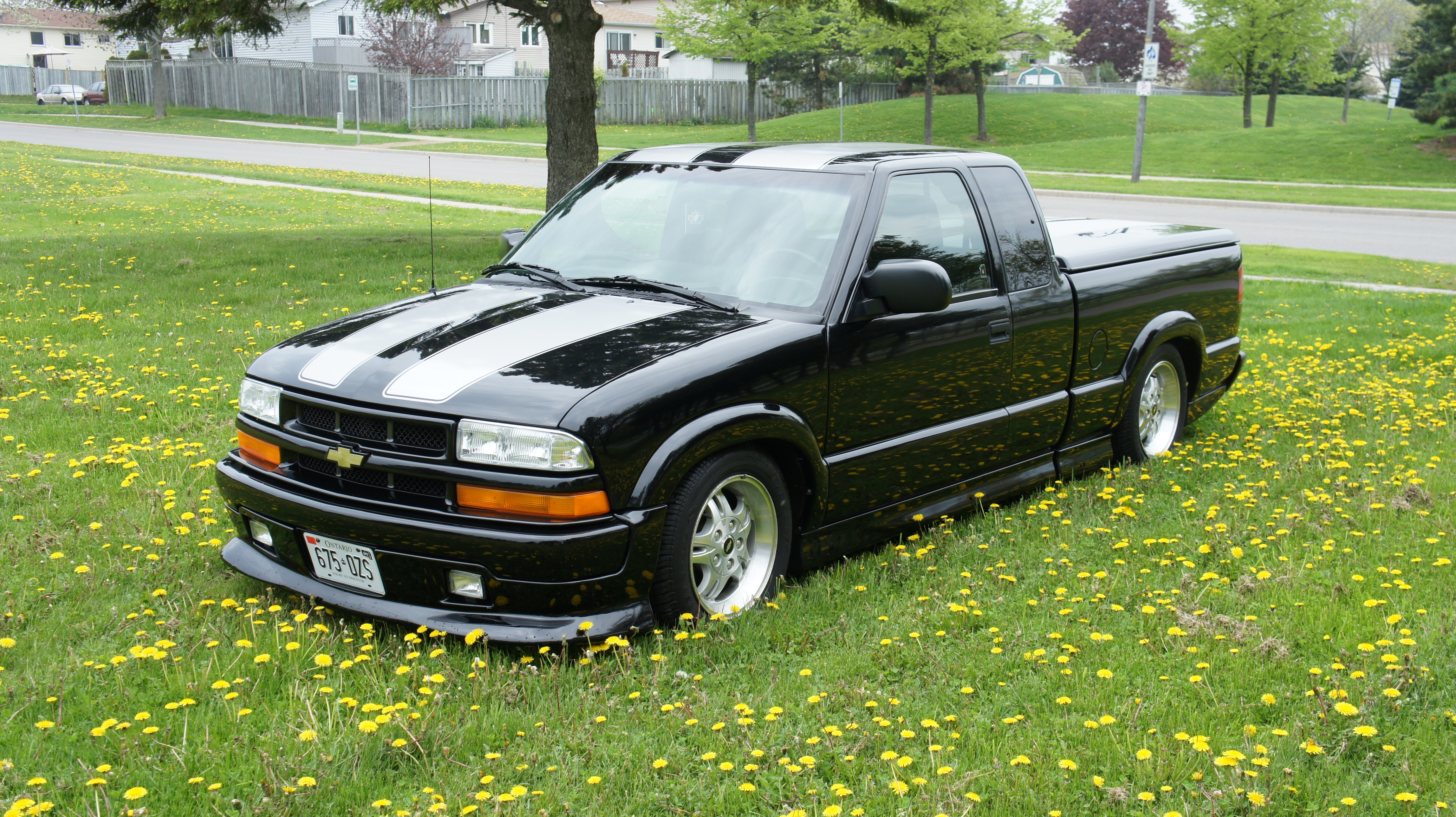 lever29 2003 chevrolet s10 extended cabls pickup 3d 6 ft specs photos modification info at. Black Bedroom Furniture Sets. Home Design Ideas