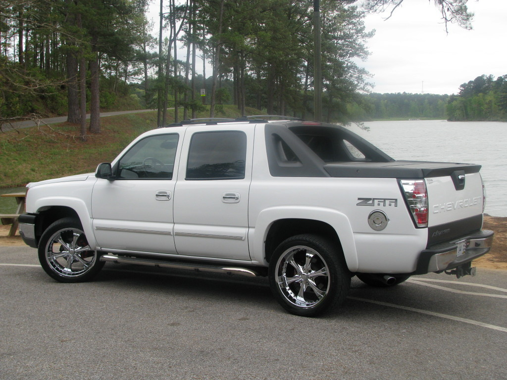 trnsfmr 2004 Chevrolet Avalanche Specs Photos Modification Info