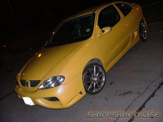 zerotrials 2000 renault megane specs photos modification info at cardomain. Black Bedroom Furniture Sets. Home Design Ideas