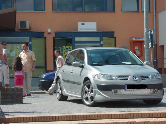 Another Basenji 2005 Renault Megane post... - 7459699
