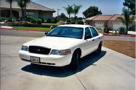 tcw2fly 2002 Ford Crown Victoria