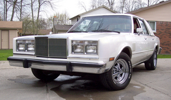 87-5A 1987 Chrysler Fifth Ave