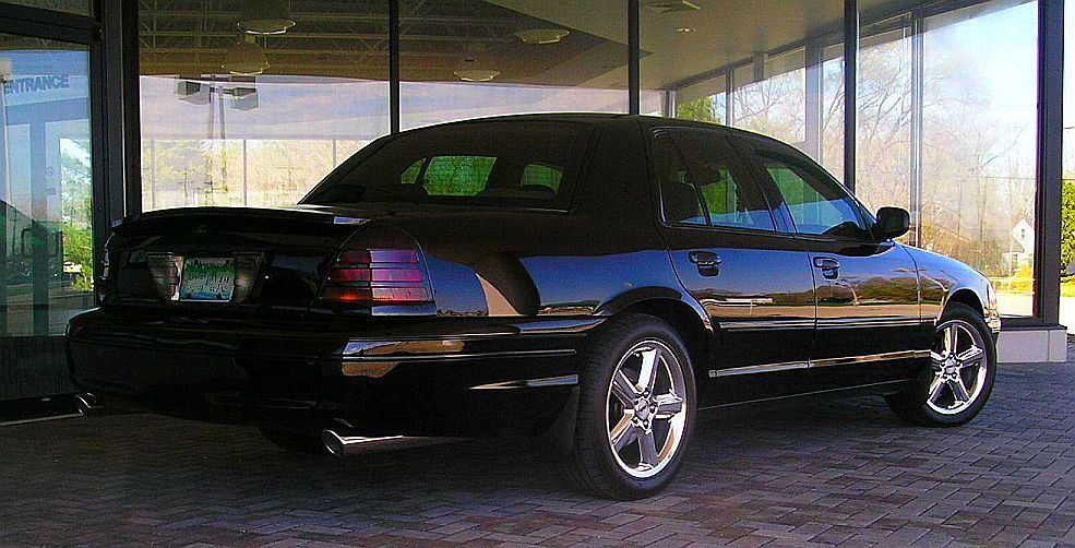 Another gdmjoe 2003 Ford Crown Victoria post... - 7479944