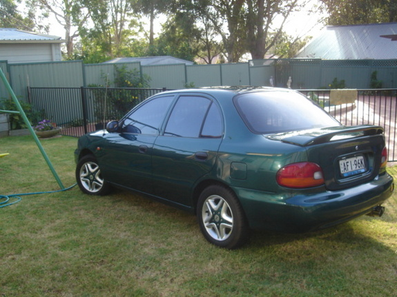 mc2shoes 1995 Hyundai Excel