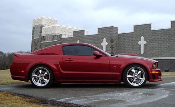 Aque509 2006 Ford Mustang
