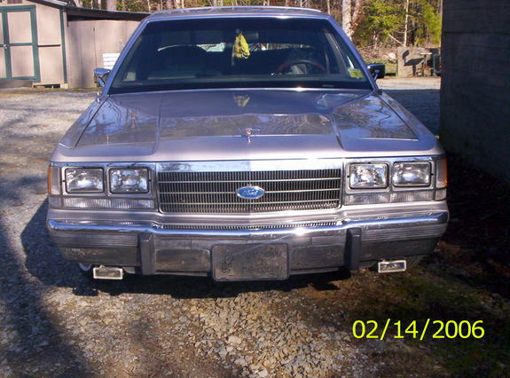 Another CrownVic91 1991 Ford LTD Crown Victoria post... - 8122693