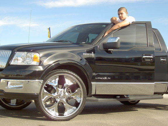 jmeza76's 2006 Lincoln Mark LT