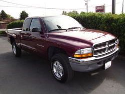 Inj3ctedfever 2002 Dodge Dakota Regular Cab & Chassis