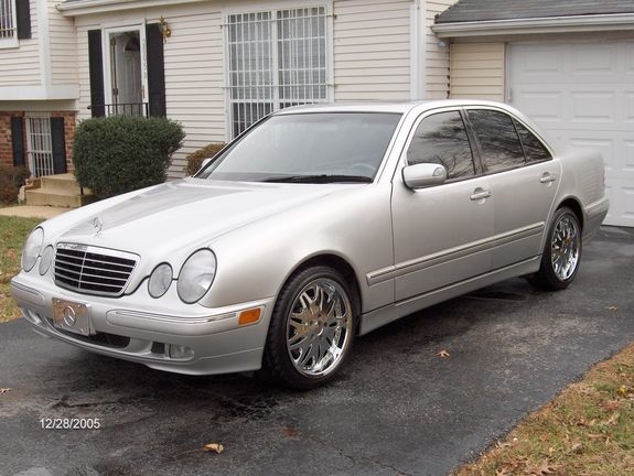 2spoiled 2001 mercedes benz e class specs photos for 2001 mercedes benz e320