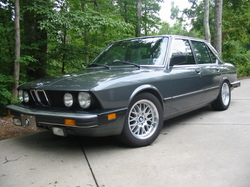 02racers 1986 BMW 5 Series