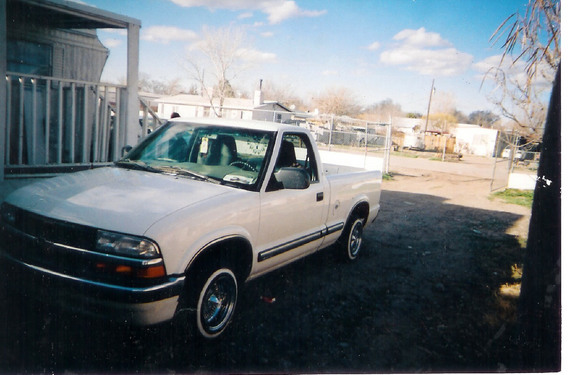 elias1984 2000 Chevrolet S10 Regular Cab