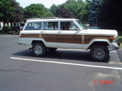 MourningWoody 1990 Jeep Grand Wagoneer