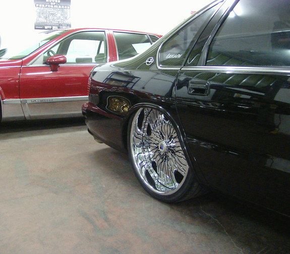 Another sixtrey 1995 Chevrolet Impala post... - 7555221