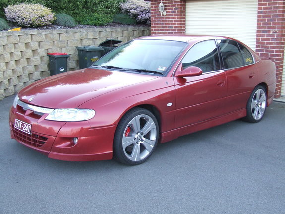 macca33 2001 Holden Commodore