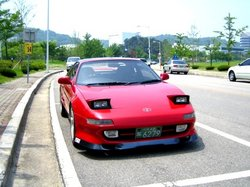 badzmarus 1990 Toyota MR2