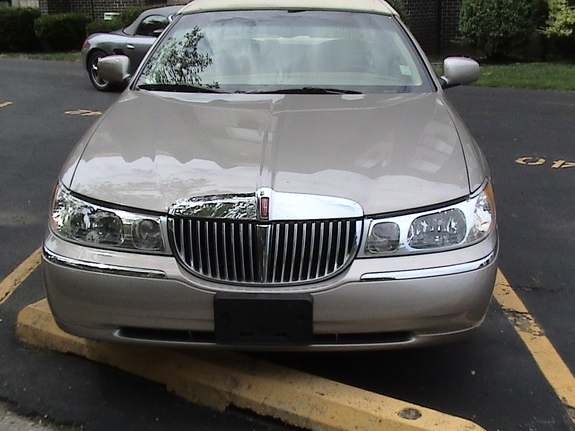 Another 01lankin 2001 Lincoln Town Car Post 3699897 By 01lankin