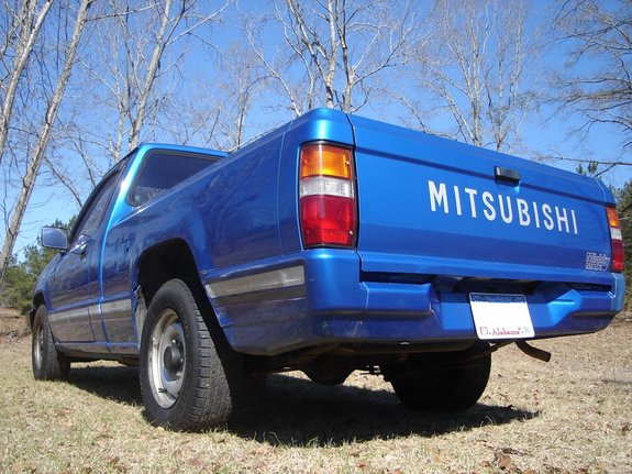 Another murrayman2005 1991 Mitsubishi Mighty Max Macro Cab post... - 7607147