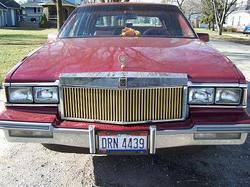 olds946 1986 Cadillac DeVille