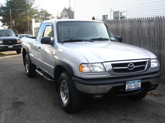 ScottyB525's 2001 Mazda B-Series Cab Plus
