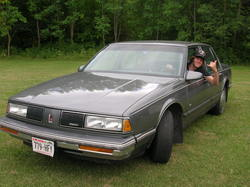 whitemoney666 1989 Oldsmobile Delta 88