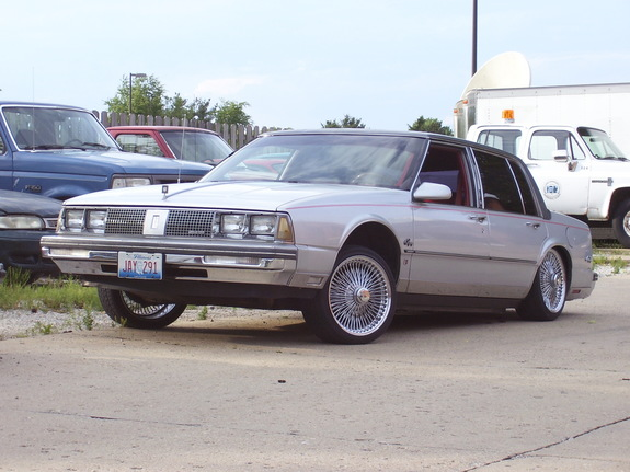 Another pimpnineeight 1986 Oldsmobile 98 post... - 8523353