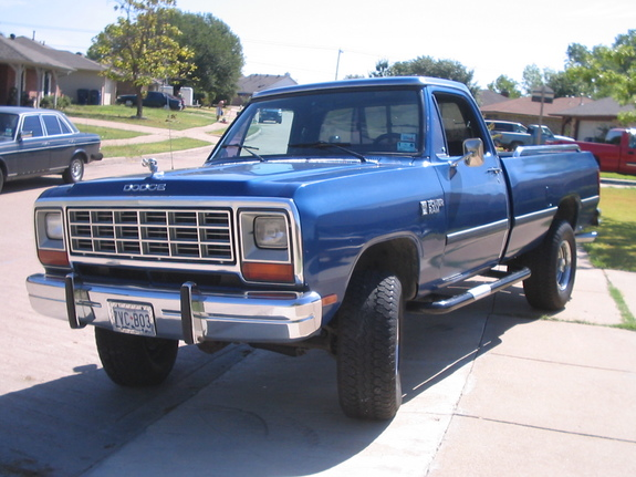 wylieredneck71 1984 Dodge Ram 1500 Regular Cab Specs, Photos ...