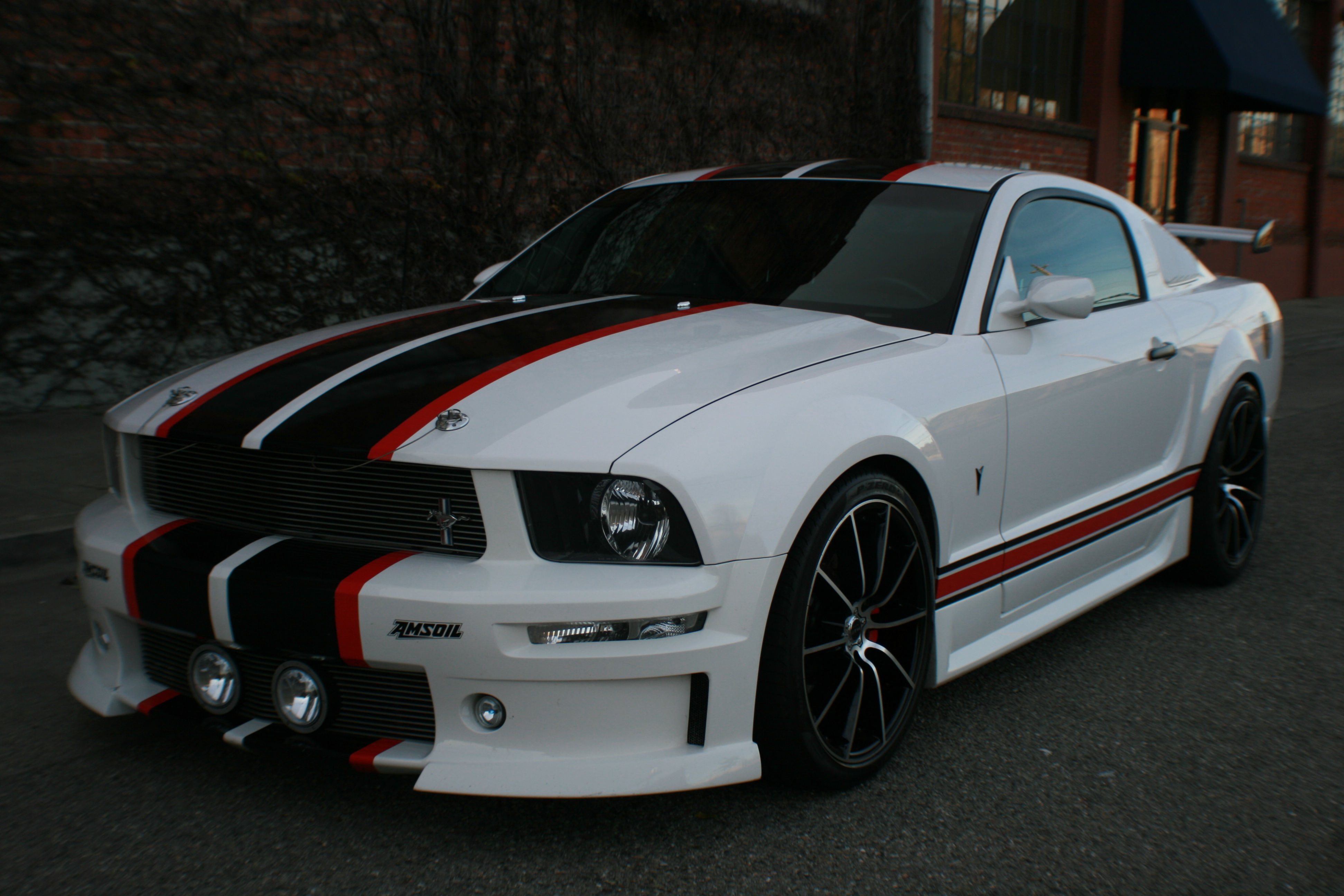 Volpone 2005 Ford Mustanggt Deluxe Coupe 2d Specs Photos