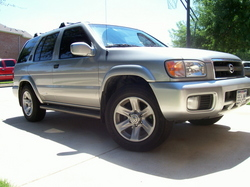 mantisrrs 2002 Nissan Pathfinder