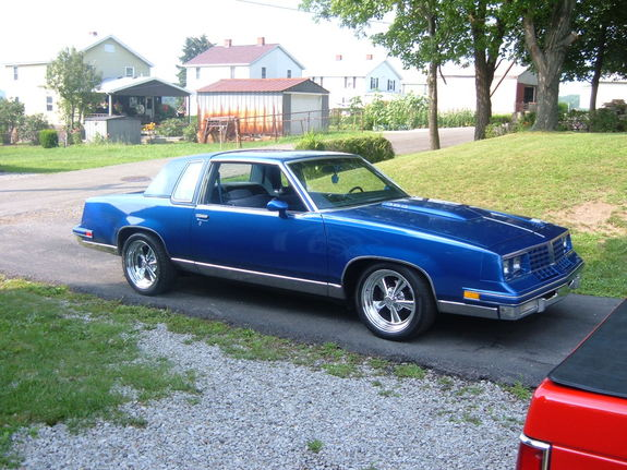 MarkS-10 1981 Oldsmobile Cutlass Supreme