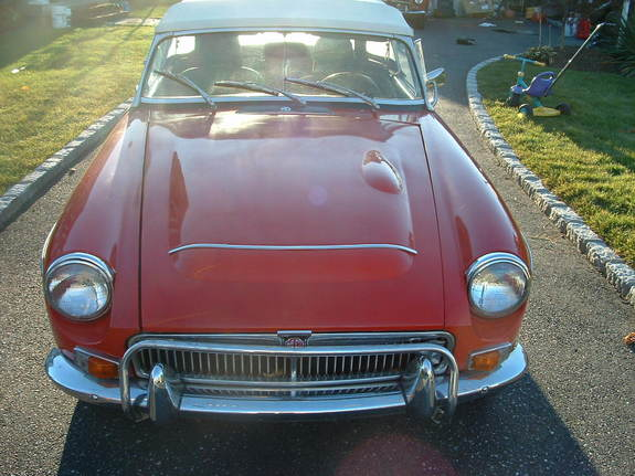 dr-doug's 1969 MG MGC