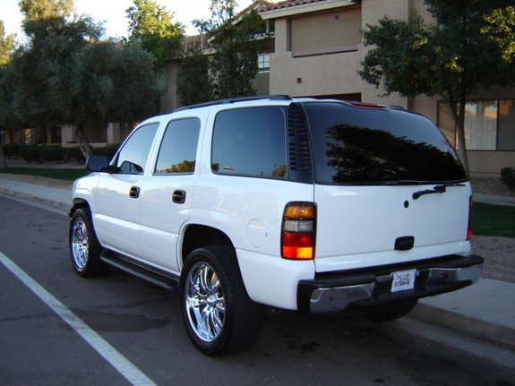 Whitehot05 2005 Chevrolet Tahoe Specs Photos