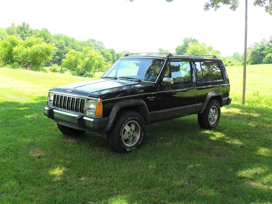 ghettocowboy454 1990 jeep cherokee specs photos modification info at cardomain. Black Bedroom Furniture Sets. Home Design Ideas