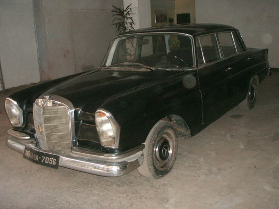 Another sakin_uttara 1967 Mercedes-Benz S-Class post... - 8507218