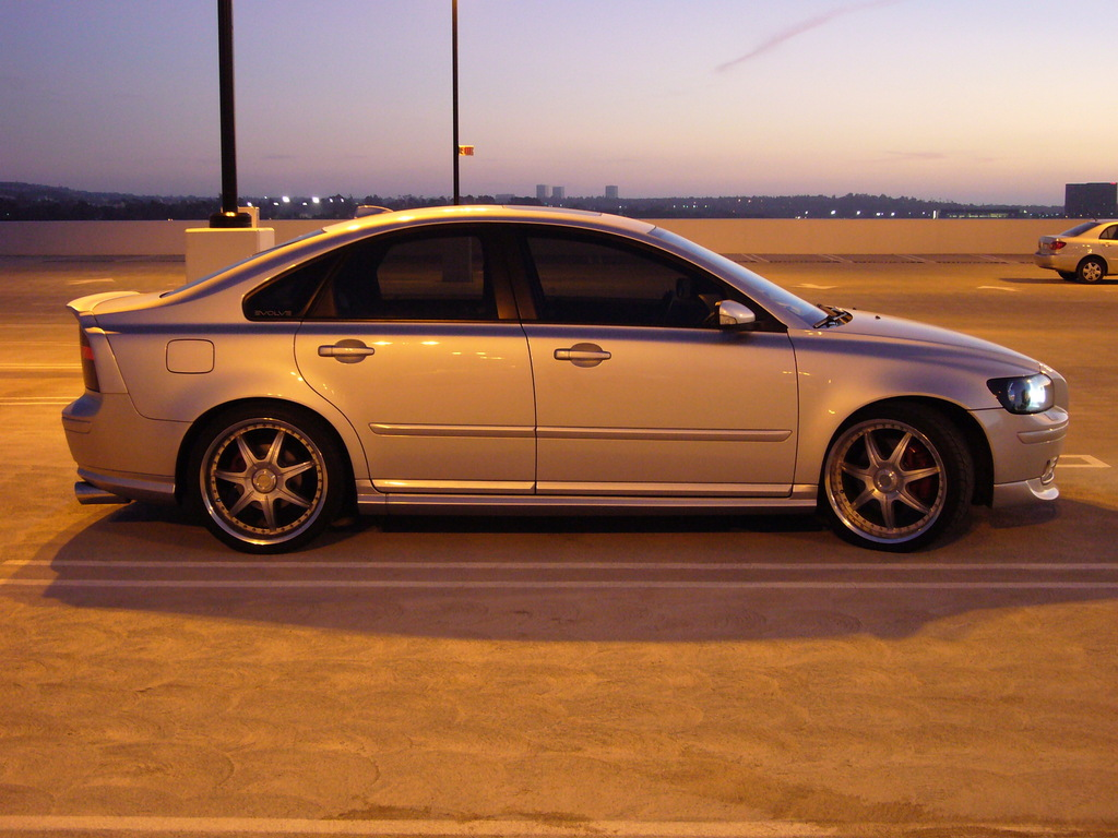 bigbhaller 2005 volvo s40 specs photos modification info at cardomain. Black Bedroom Furniture Sets. Home Design Ideas