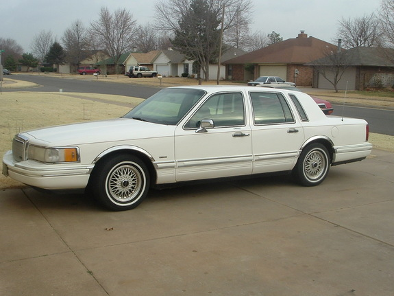 lincolntc94 1994 lincoln town car specs photos modification info at cardomain. Black Bedroom Furniture Sets. Home Design Ideas