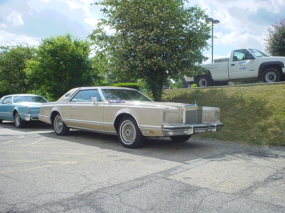 MARKIIMAN 1979 Lincoln Mark V 7740654