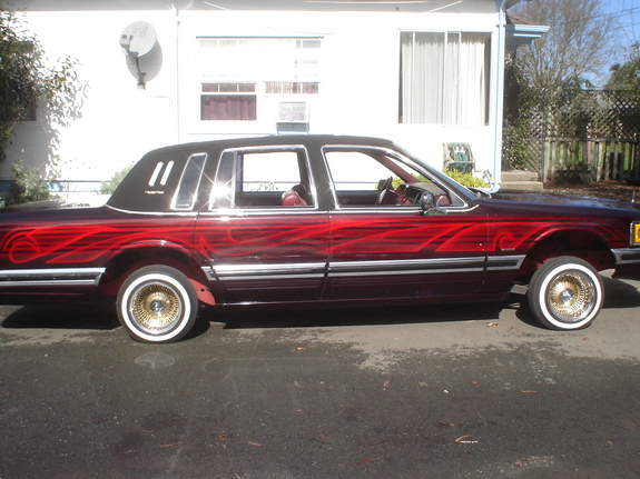 Johnny707 1990 Lincoln Town Car