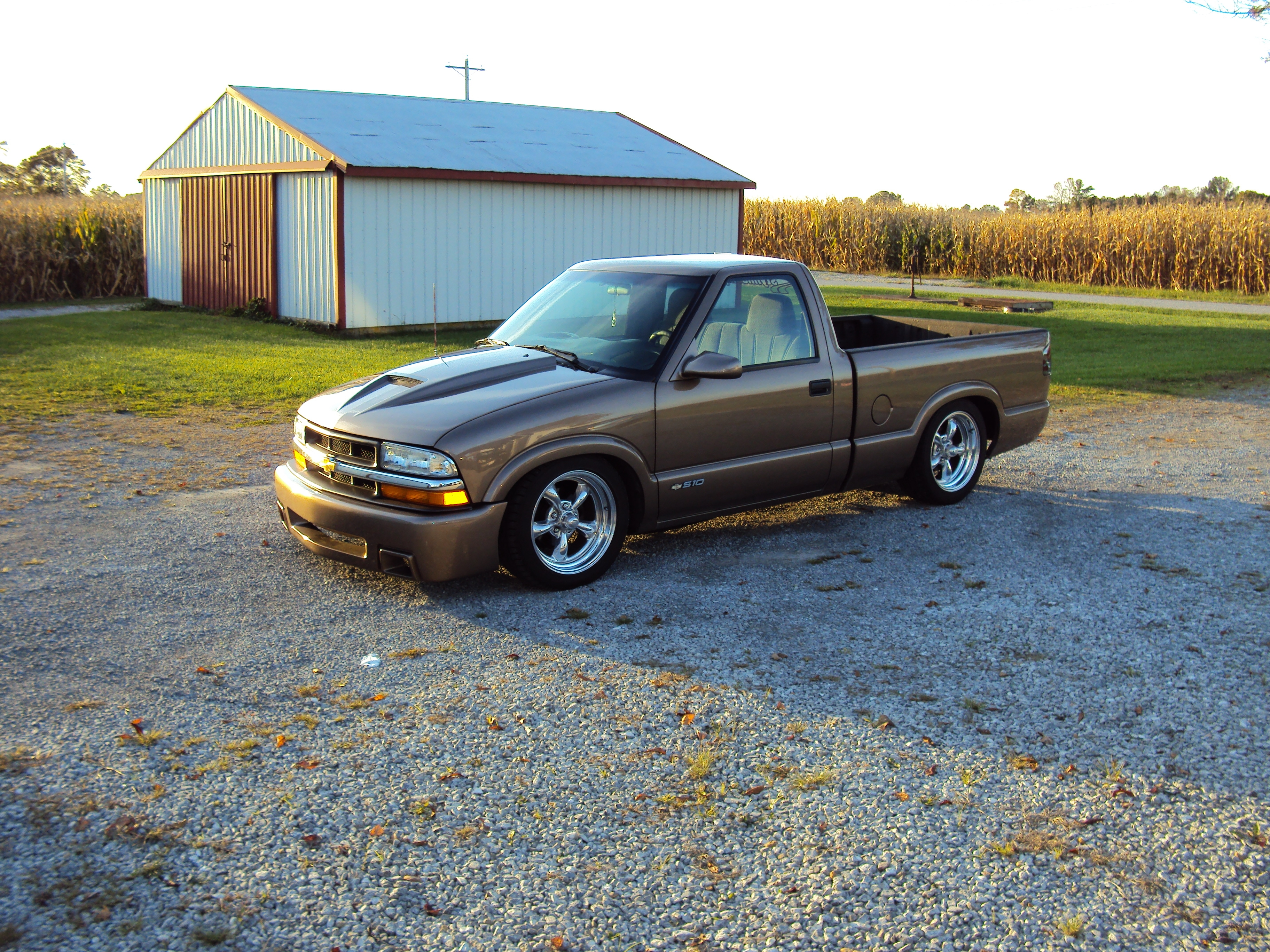 2002 Chevrolet S10-Regular-Cab