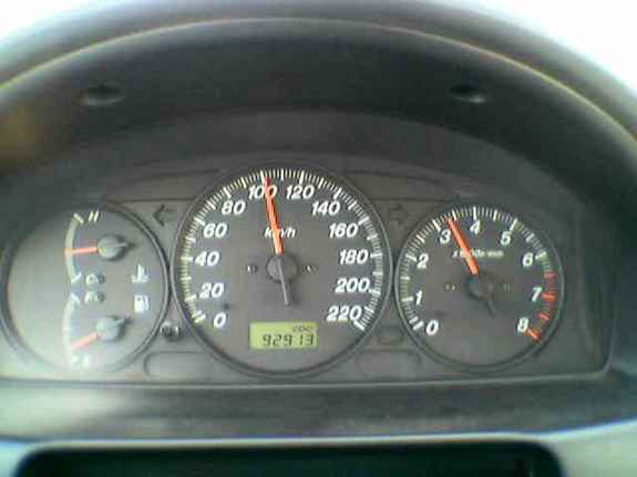 Carloo 2000 Ford Laser