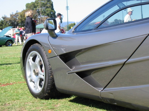 Another deaelr 1997 McLaren F1 post... - 7789779