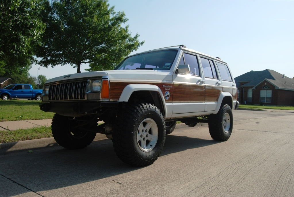 Crusher0216 1991 Jeep Cherokee